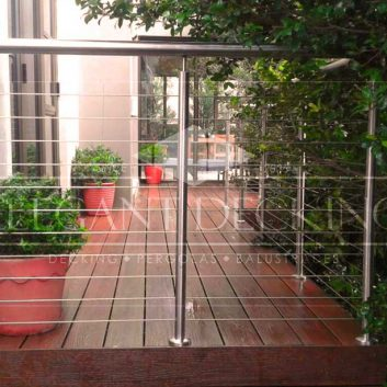 Deck with Stainless Steel Balustrades